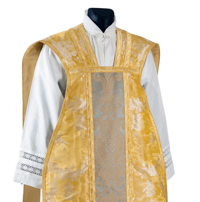Chasuble lampas moire or